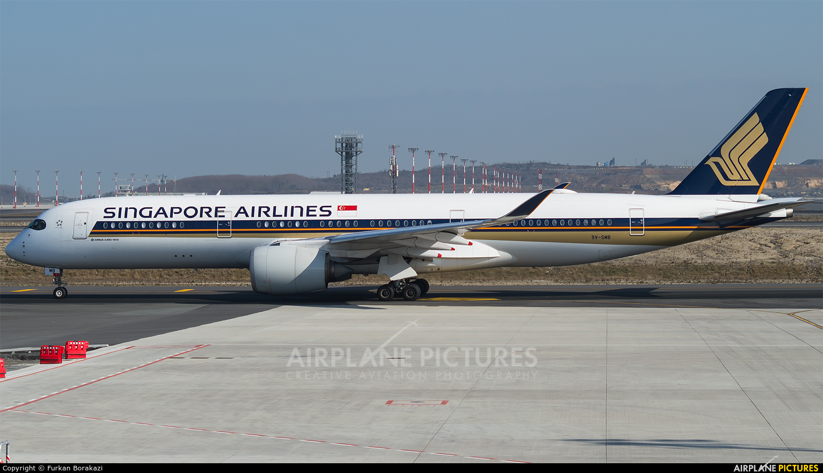 Singapore Airlines 9V-SMB aircraft at İstanbul New Airport