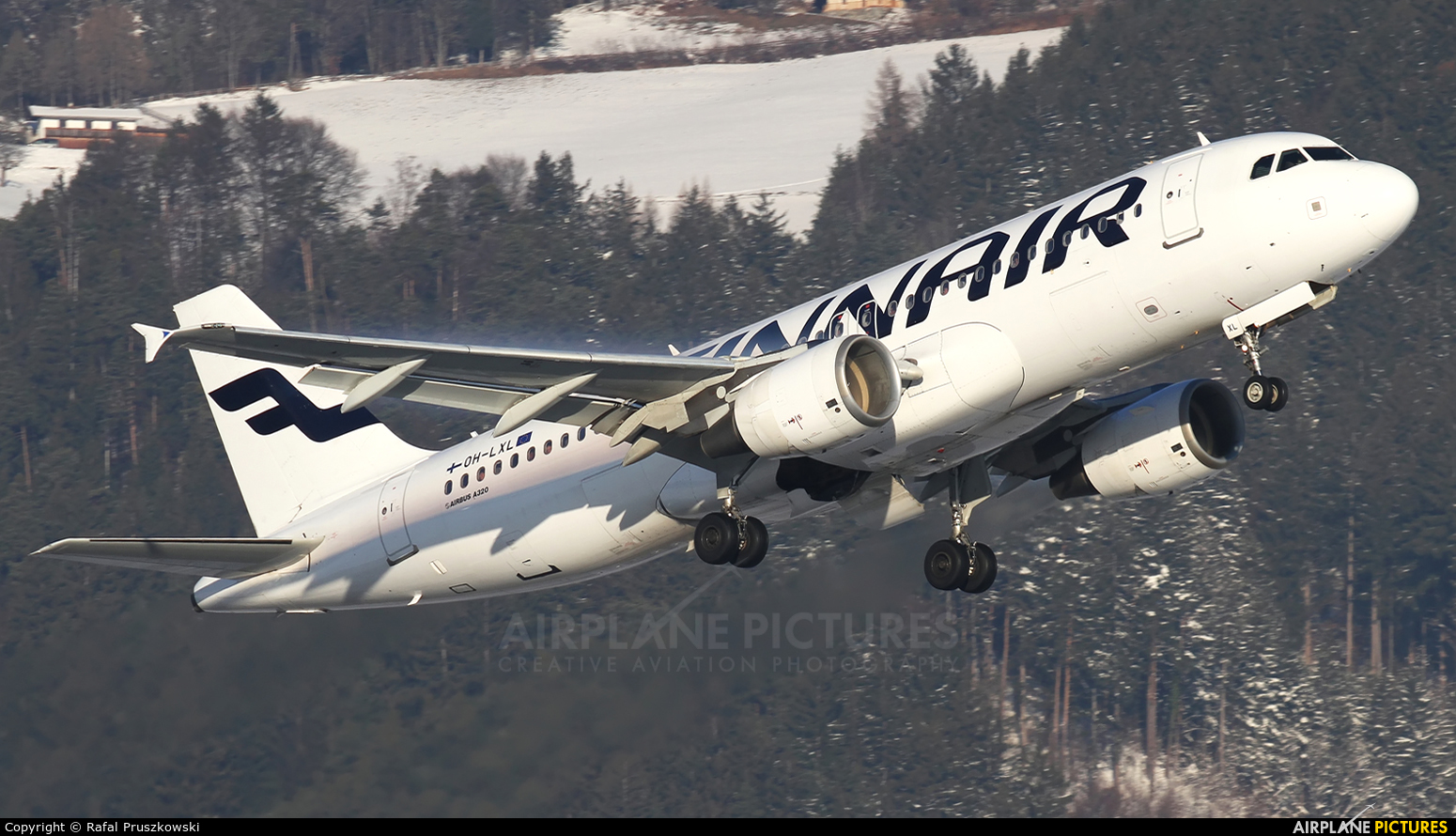 Finnair OH-LXL aircraft at Innsbruck