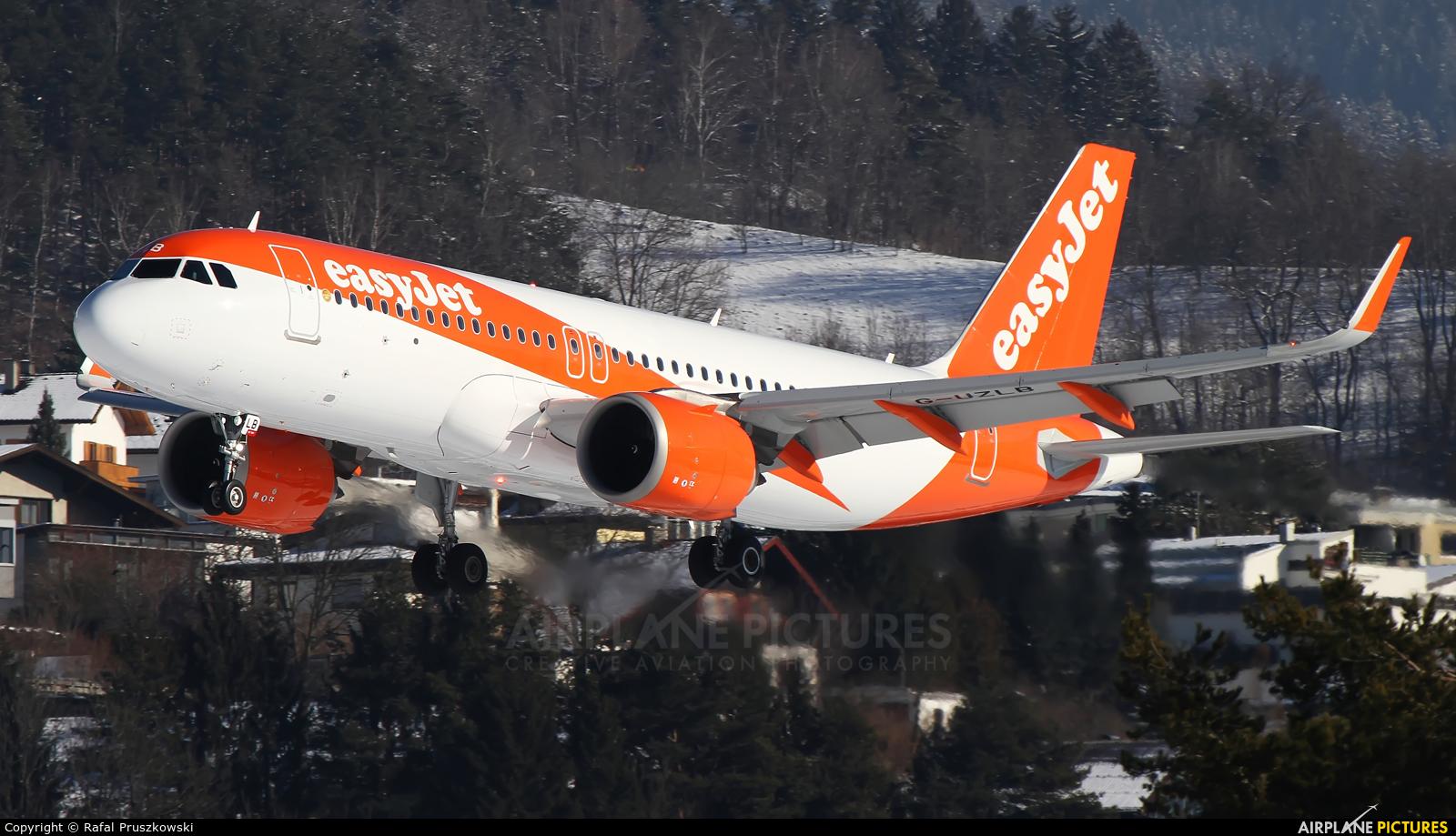 easyJet G-UZLB aircraft at Innsbruck