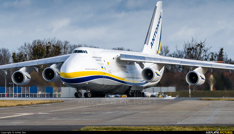Antonov Airlines /  Design Bureau UR-82072 aircraft at Wrocław - Copernicus