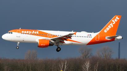 OE-IZS - easyJet Europe Airbus A320