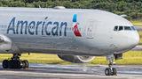 American Airlines N734AR