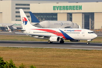 9M-MLQ - Malaysia Airlines Boeing 737-8H6