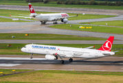 TC-JRK - Turkish Airlines Airbus A321 aircraft