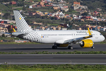 EC-NFJ - Vueling Airlines Airbus A320 NEO