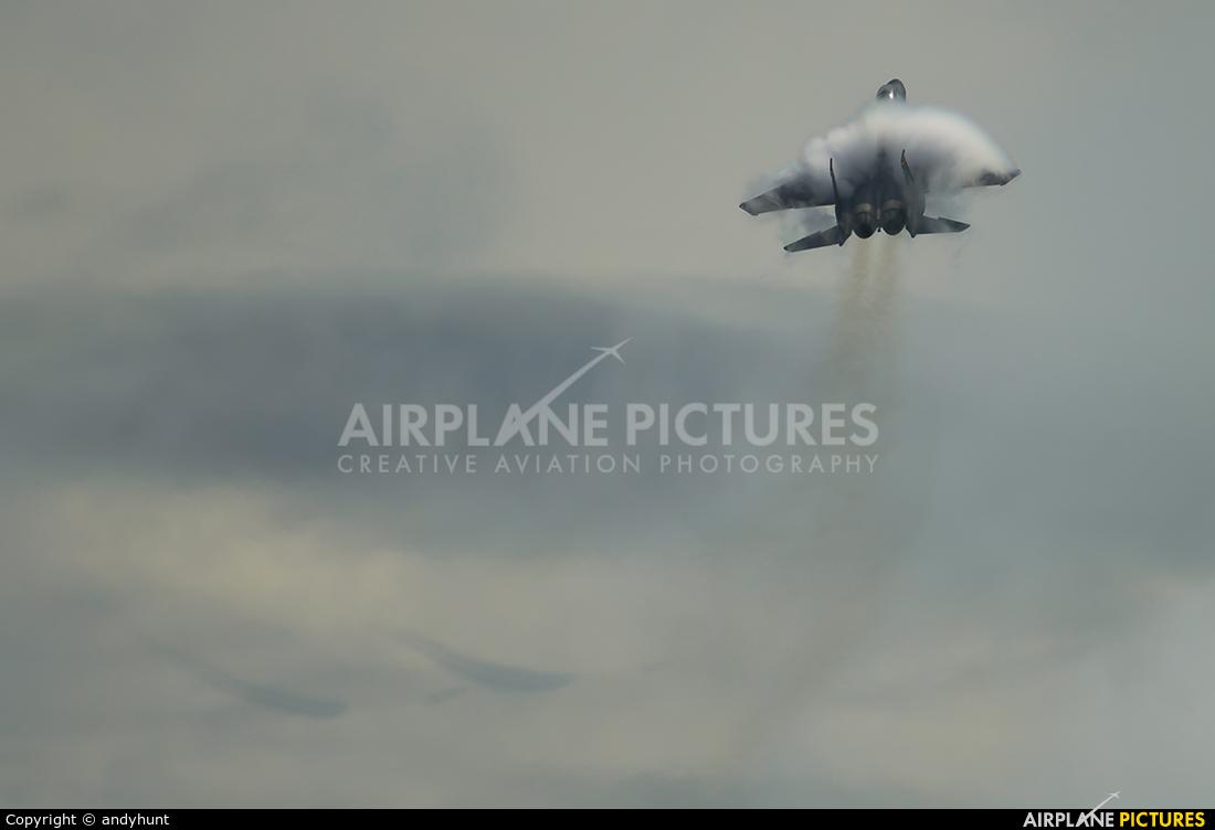 Singapore - Air Force 8321 aircraft at Singapore - Changi