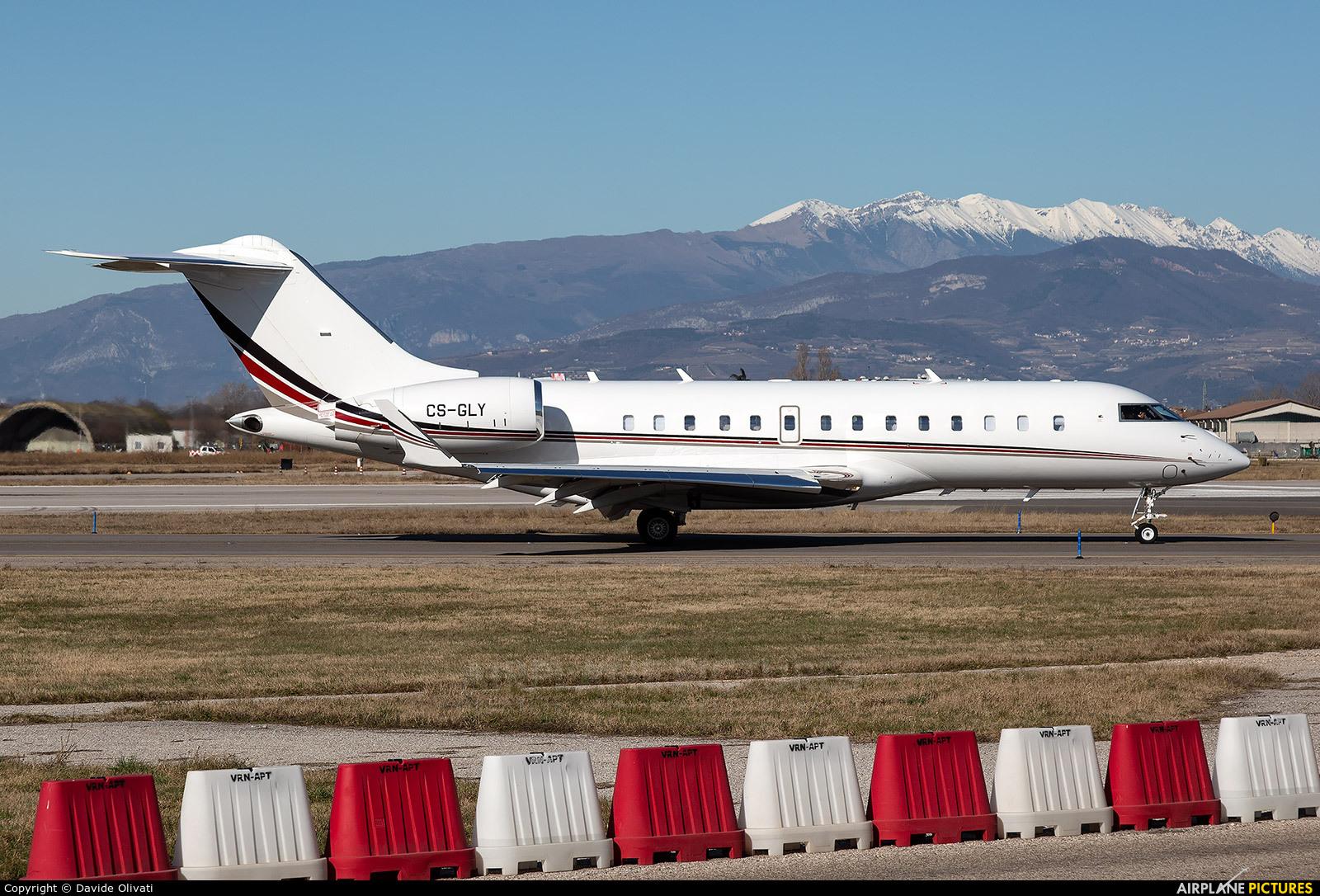 Private CS-GLY aircraft at Verona - Villafranca