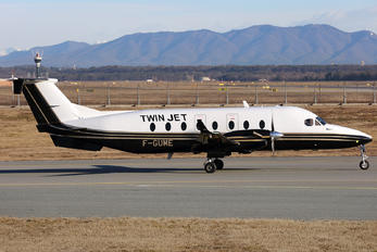 F-GUME - Twin Jet Beechcraft 1900D Airliner
