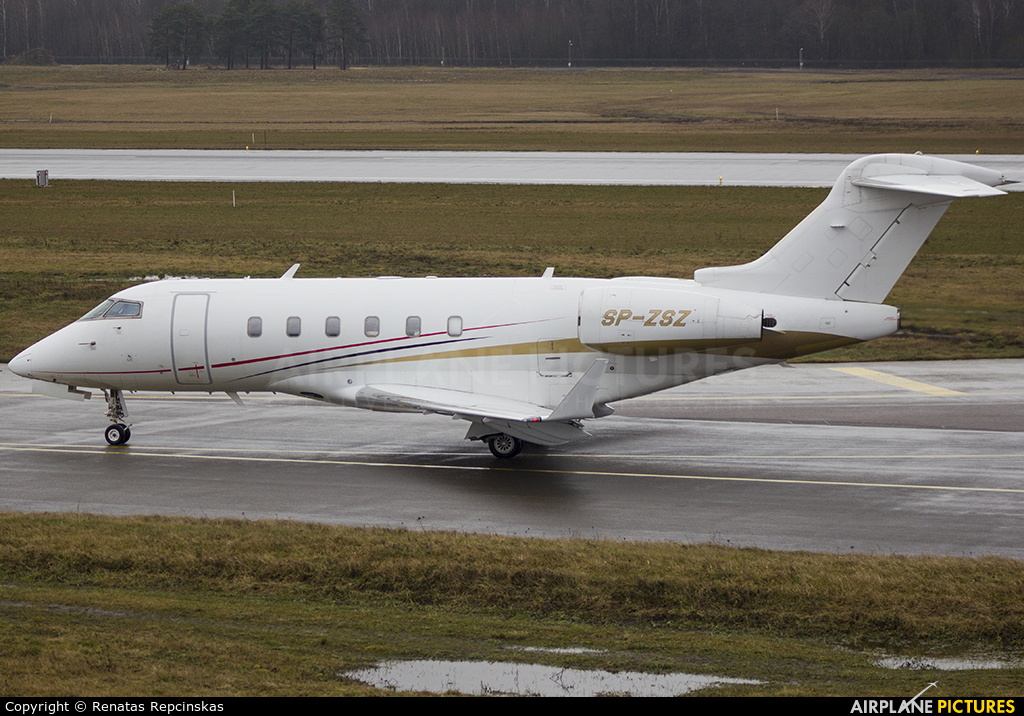 Blue Jet SP-ZSZ aircraft at Vilnius Intl