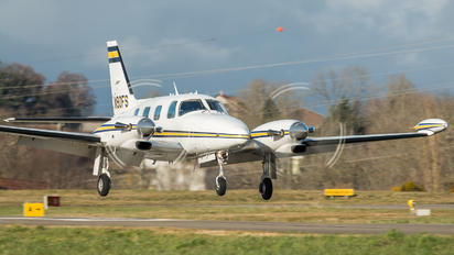 N90FS - Private Piper PA-31T Cheyenne