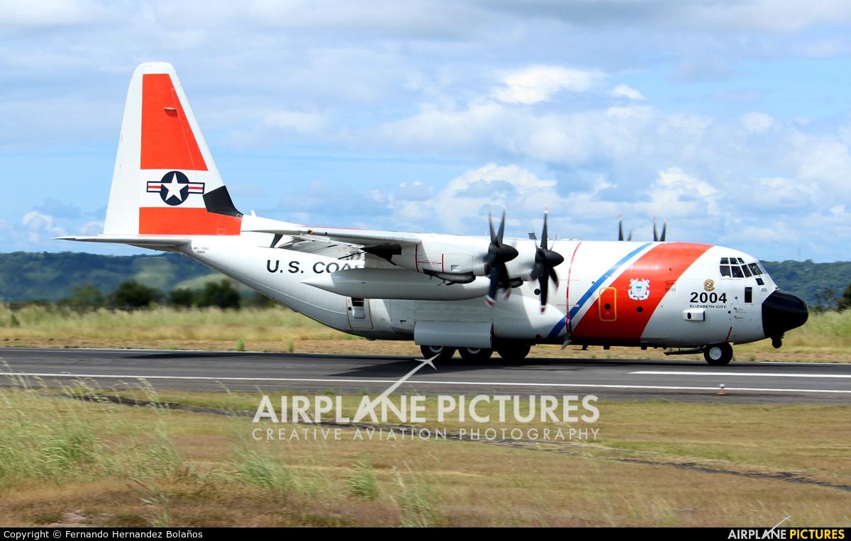 USA - Coast Guard 2004 aircraft at Liberia- Daniel Oduber Quirós Intl