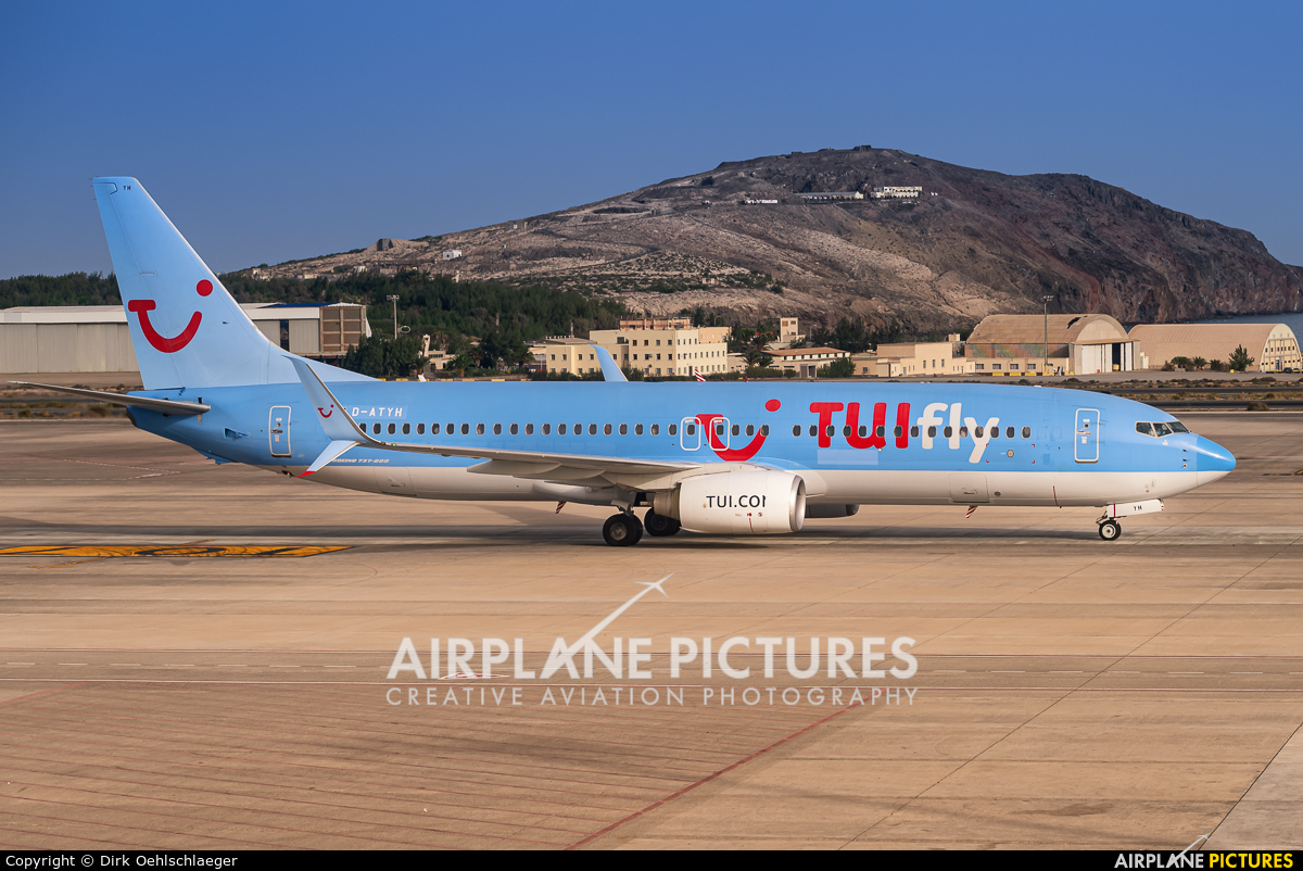 TUIfly D-ATYH aircraft at Aeropuerto de Gran Canaria