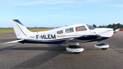 F-HLEM - Private Piper PA-28 Archer