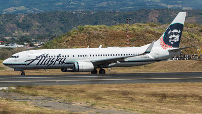 N532AS - Alaska Airlines Boeing 737-800