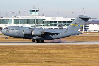 07-7185 - USA - Air Force Boeing C-17A Globemaster III