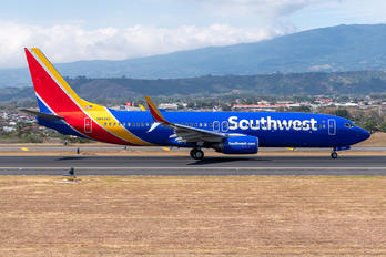N8529Z - Southwest Airlines Boeing 737-800