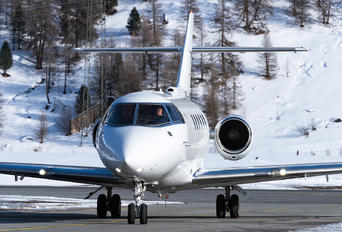 OK-HWL - Private Hawker Beechcraft 900XP