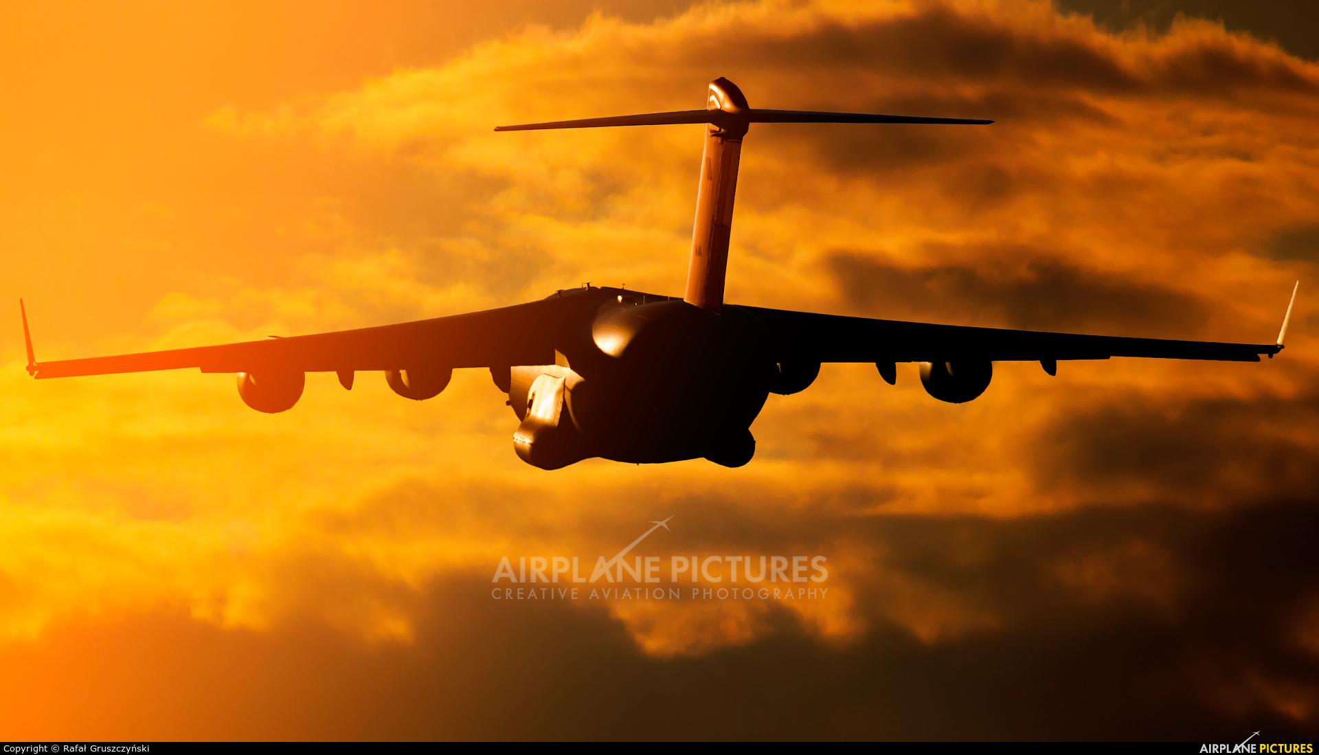 Qatar Amiri - Air Force A7-MAN aircraft at Warsaw - Frederic Chopin
