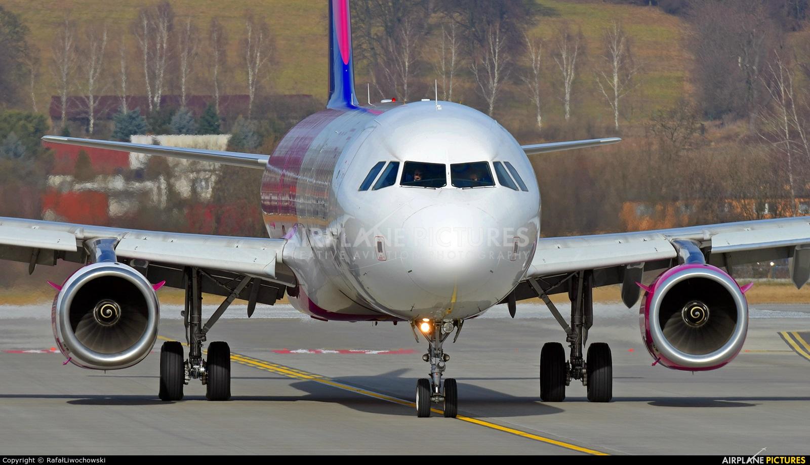 Wizz Air HA-LXS aircraft at Kraków - John Paul II Intl