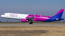 HA-LXN - Wizz Air Airbus A321 aircraft