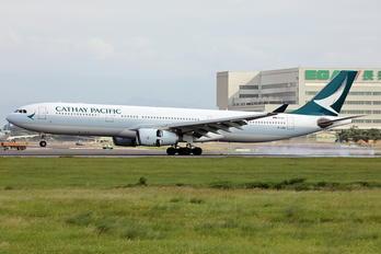 B-LBB - Cathay Pacific Airbus A330-300