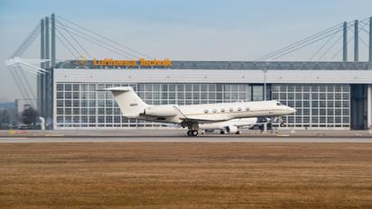 01-0030 - USA - Air Force Gulfstream Aerospace C-37A
