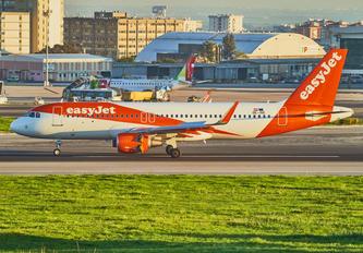 OE-INE - easyJet Europe Airbus A320