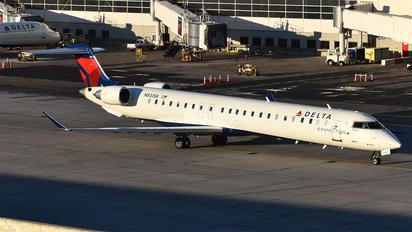 N833SK - Delta Connection - SkyWest Airlines Bombardier CRJ 900ER
