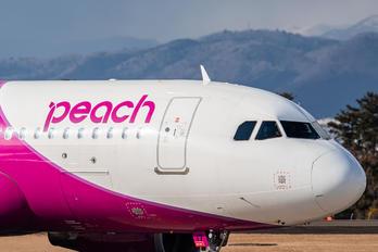 JA817P - Peach Aviation Airbus A320