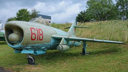 618 - Poland - Air Force PZL Lim-6MR