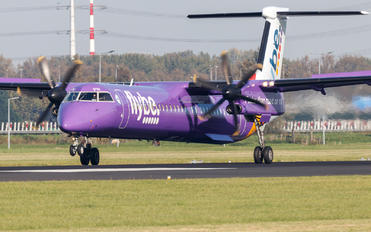 G-PRPH - Flybe de Havilland Canada DHC-8-400Q / Bombardier Q400