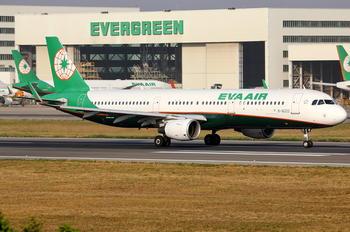 B-16222 - Eva Air Airbus A321