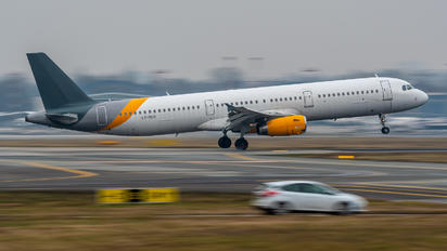 LY-VEH - Avion Express Airbus A321