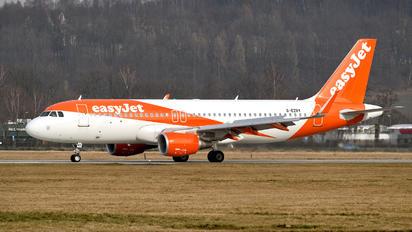 G-EZRY - easyJet Airbus A320