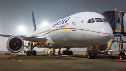 N26970 - United Airlines Boeing 787-9 Dreamliner