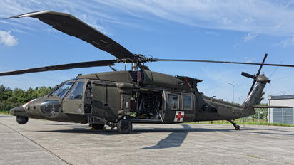 11-20351 - USA - Army Sikorsky HH-60M Blackhawk