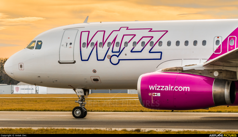 Wizz Air HA-LYU aircraft at Wrocław - Copernicus