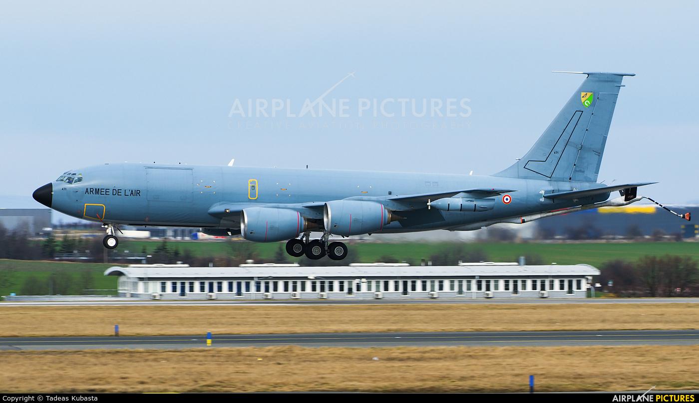 France - Air Force 471 aircraft at Prague - Václav Havel