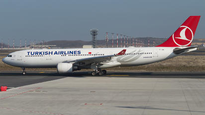TC-JND - Turkish Airlines Airbus A330-200