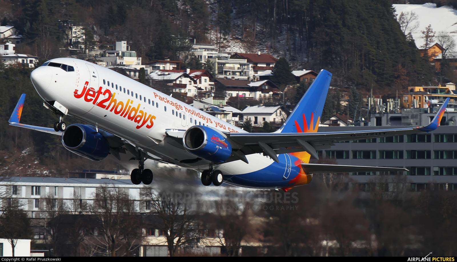 Jet2 G-JZHT aircraft at Innsbruck