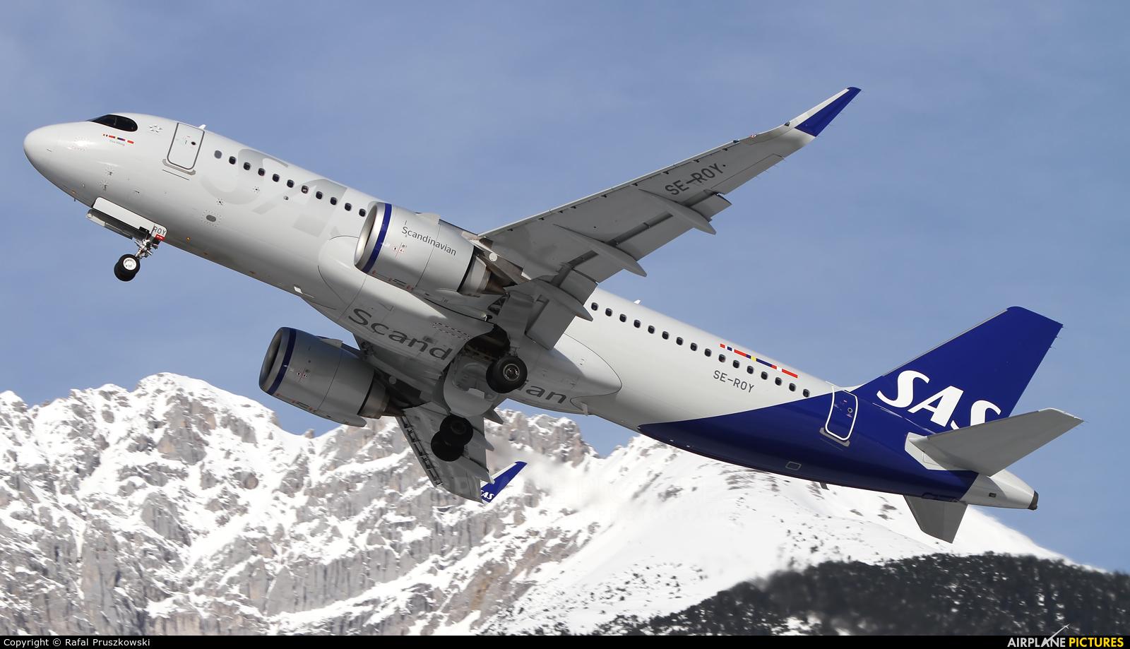 SAS - Scandinavian Airlines SE-ROY aircraft at Innsbruck