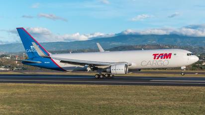 PR-ACO - TAM Cargo Boeing 767-300F