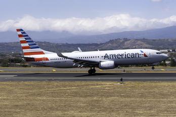 N959AN - American Airlines Boeing 737-800
