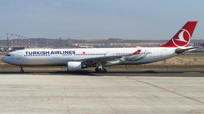 TC-JOI - Turkish Airlines Airbus A330-300