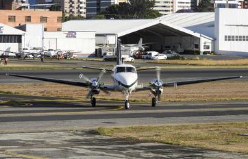 N40XJ - Private Beechcraft C90GTi King Air