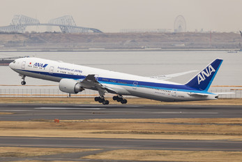 JA798A - ANA - All Nippon Airways Boeing 777-300ER