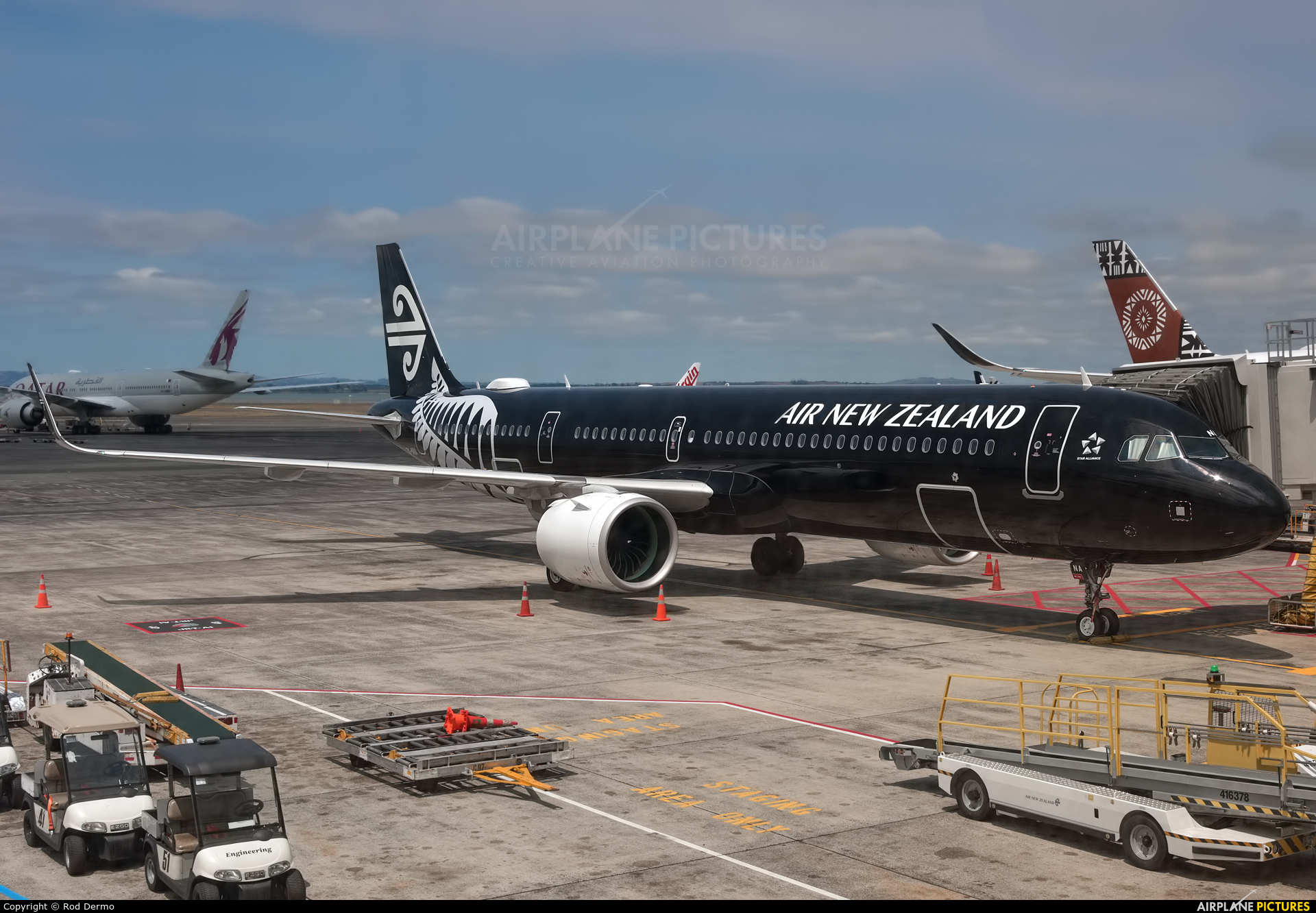 Air New Zealand ZK-NNA aircraft at Auckland Intl