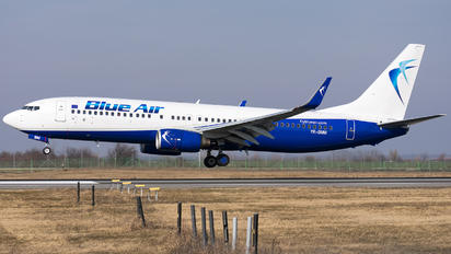 YR-BMM - Blue Air Boeing 737-800