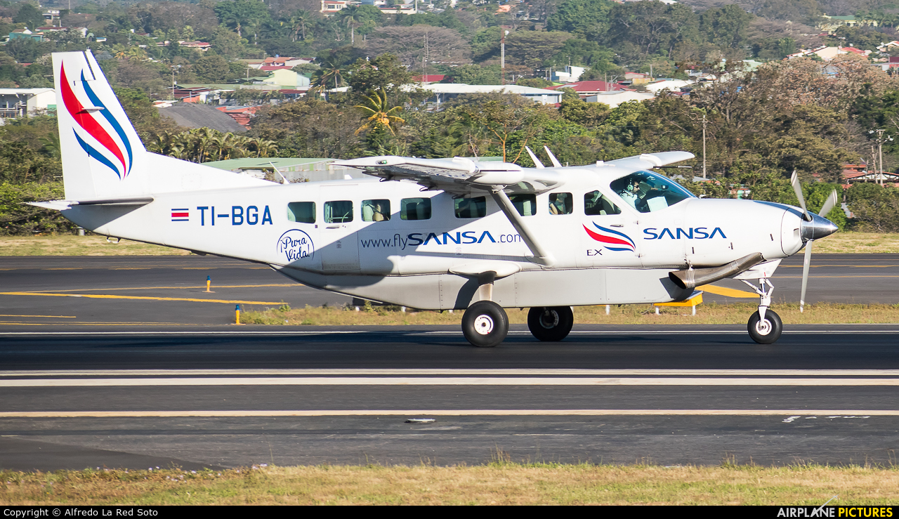 Sansa Airlines TI-BGA aircraft at San Jose - Juan Santamaría Intl