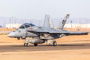 165808 - USA - Navy Boeing F/A-18F Super Hornet